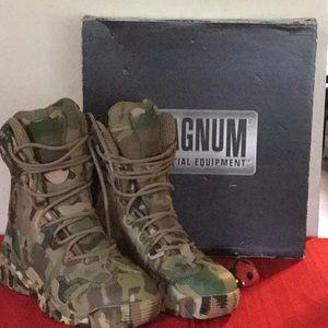 Magnum Spider 8.1 HPI Multicam Camouflage Boots